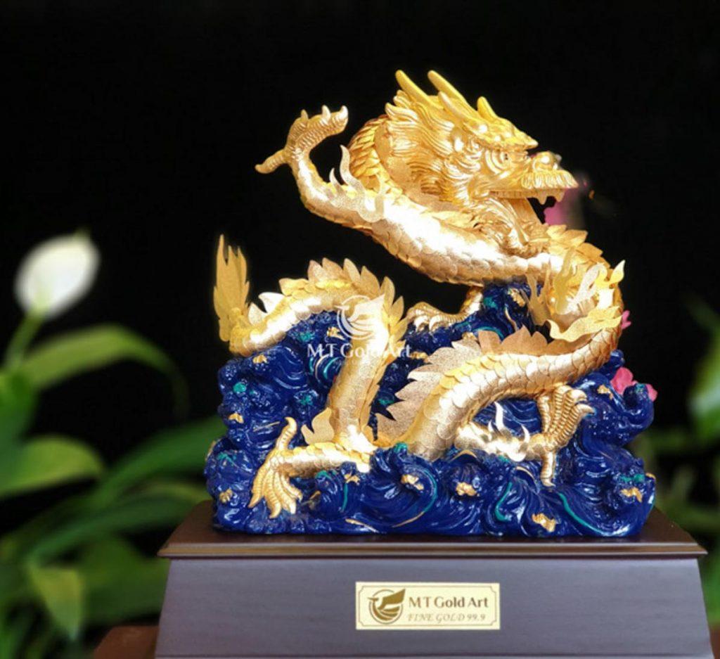 Biếu trưng rồng dát vàng 24k - quà tặng doanh nghiệp