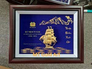 Tranh thuyền kỷ niệm 75 năm thành lập